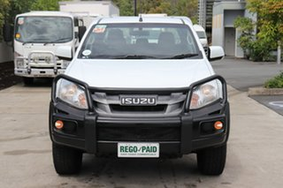 2016 Isuzu D-MAX MY15 SX Crew Cab White 5 speed Automatic Cab Chassis.