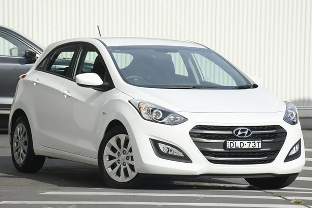 Used Hyundai i30 GD4 Series II MY17 Active Wollongong, 2016 Hyundai i30 GD4 Series II MY17 Active White 6 Speed Sports Automatic Hatchback