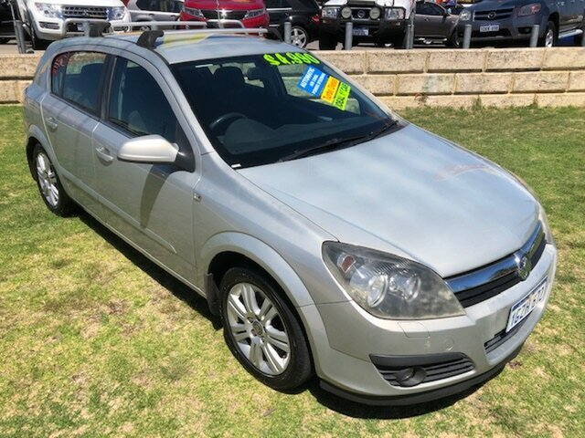 Used Holden Astra AH MY06.5 CDTi Wangara, 2006 Holden Astra AH MY06.5 CDTi Silver 6 Speed Sports Automatic Hatchback
