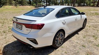 2020 Kia Cerato BD MY21 GT DCT Snow White Pearl 7 Speed Automatic Sedan
