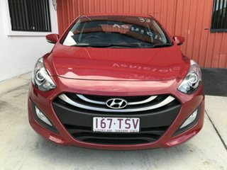 2014 Hyundai i30 GD2 MY14 Trophy Red 6 Speed Manual Hatchback.