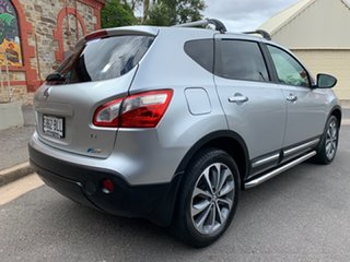 2011 Nissan Dualis J10 Series II MY2010 Ti Hatch X-tronic Silver 6 Speed Constant Variable Hatchback.