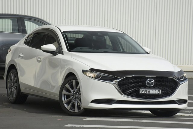 Used Mazda 3 BN5238 SP25 SKYACTIV-Drive GT Wollongong, 2019 Mazda 3 BN5238 SP25 SKYACTIV-Drive GT Snowflake White Pearl 6 Speed Sports Automatic Sedan