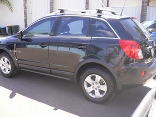 2012 Holden Captiva CG Series II 5 Black 6 Speed Manual Wagon.