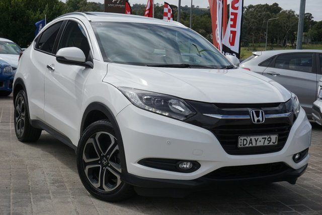 Used Honda HR-V MY15 VTi-L Phillip, 2015 Honda HR-V MY15 VTi-L White 1 Speed Constant Variable Hatchback
