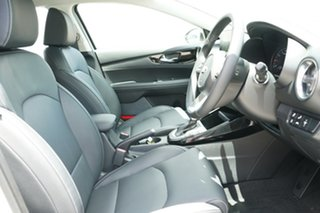 2020 Kia Cerato BD MY21 Sport+ Clear White 6 Speed Sports Automatic Hatchback