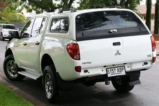2009 Mitsubishi Triton ML MY09 GLX Double Cab White 4 Speed Automatic Utility.