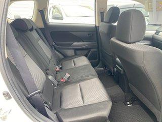 2012 Mitsubishi Outlander ZJ MY13 ES 2WD White 6 Speed Constant Variable Wagon