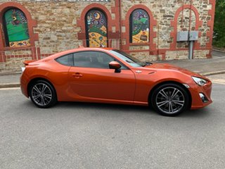 2012 Toyota 86 ZN6 GTS Orange/gery 6 Speed Manual Coupe.