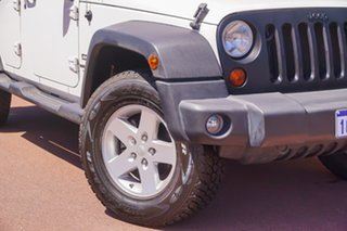 2008 Jeep Wrangler JK Unlimited Sport White 6 Speed Manual Softtop.