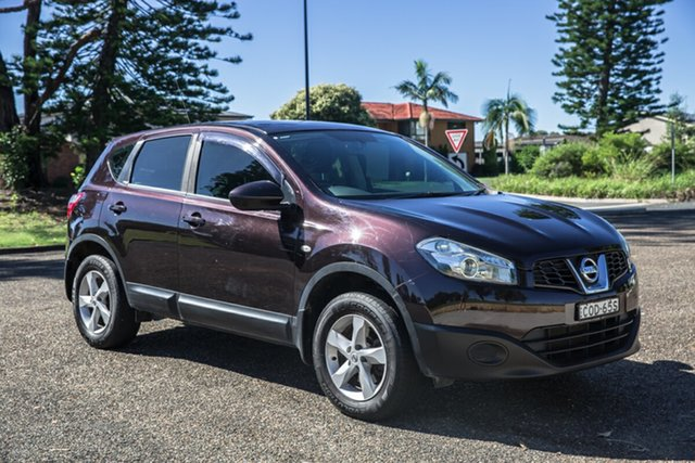 Used Nissan Dualis J10 Series II MY2010 ST Hatch Port Macquarie, 2012 Nissan Dualis J10 Series II MY2010 ST Hatch Black 6 Speed Manual Hatchback