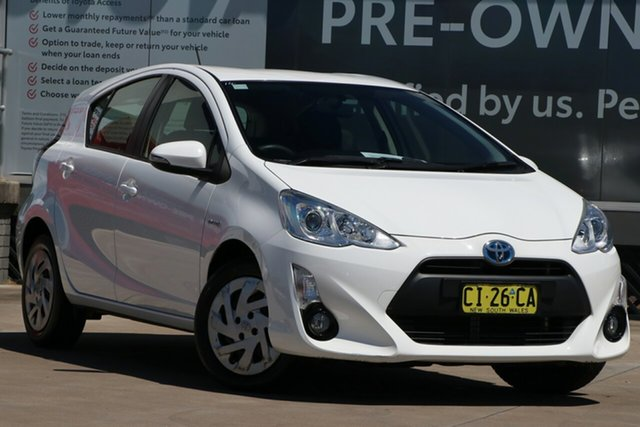 Pre-Owned Toyota Prius c NHP10R E-CVT Guildford, 2016 Toyota Prius c NHP10R E-CVT Glacier White 1 Speed Constant Variable Hatchback Hybrid