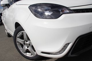 2017 MG MG3 SZP1 Core Dover White 5 Speed Manual Hatchback.