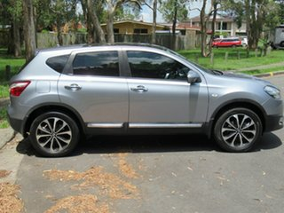 2013 Nissan Dualis J10W Series 4 MY13 Ti-L Hatch X-tronic 2WD Silver 6 Speed Constant Variable.