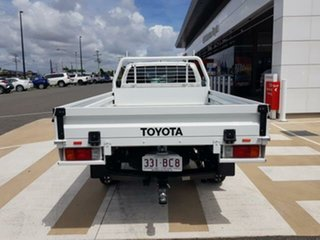 2018 Toyota Hilux GUN126R SR Glacier White 6 Speed Sports Automatic Cab Chassis.
