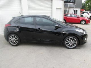 2013 Hyundai i30 GD2 SR Black 6 Speed Sports Automatic Hatchback.