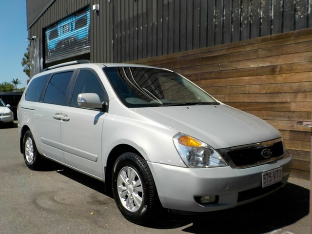 Used Kia Grand Carnival VQ MY13 SI Labrador, 2012 Kia Grand Carnival VQ MY13 SI Silver 6 Speed Sports Automatic Wagon