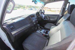 2009 Mitsubishi Pajero NT MY10 RX White 5 Speed Sports Automatic Wagon