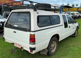 1992 Holden Rodeo TF LS Space Cab White 5 Speed Manual Utility.