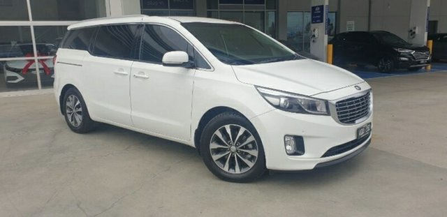 Used Kia Carnival YP MY18 SLi Ravenhall, 2017 Kia Carnival YP MY18 SLi Clear White 6 Speed Sports Automatic Wagon