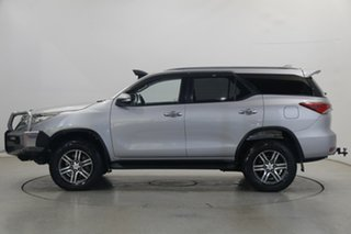 2015 Toyota Fortuner GUN156R GXL Silver 6 Speed Automatic Wagon.