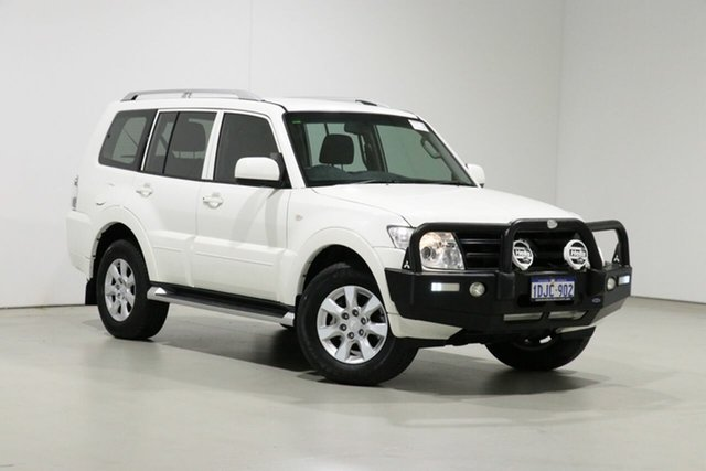 Used Mitsubishi Pajero NT MY10 Activ Bentley, 2010 Mitsubishi Pajero NT MY10 Activ White 5 Speed Manual Wagon