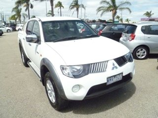 2008 Mitsubishi Triton ML MY09 VR Double Cab White 4 Speed Automatic Utility.
