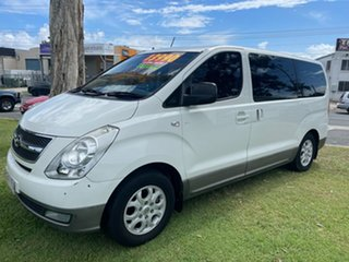 2009 Hyundai iMAX TQ-W White 4 Speed Automatic Wagon.