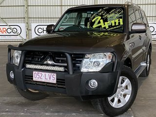 2009 Mitsubishi Pajero NT MY09 Platinum Edition Brown 5 Speed Manual Wagon.