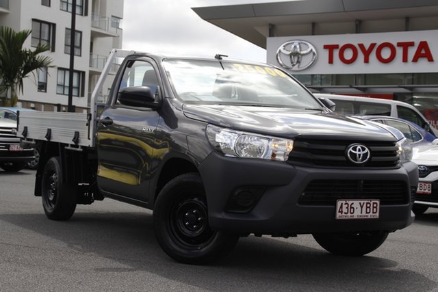 Pre-Owned Toyota Hilux TGN121R Workmate 4x2 Upper Mount Gravatt, 2018 Toyota Hilux TGN121R Workmate 4x2 Grey 5 Speed Manual Cab Chassis