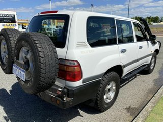 2002 Toyota Landcruiser 100 GXL (4x4) White 5 Speed Manual 4x4 Wagon