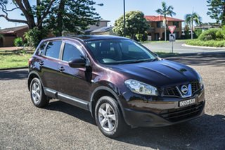 2012 Nissan Dualis J10 Series II MY2010 ST Hatch Black 6 Speed Manual Hatchback.