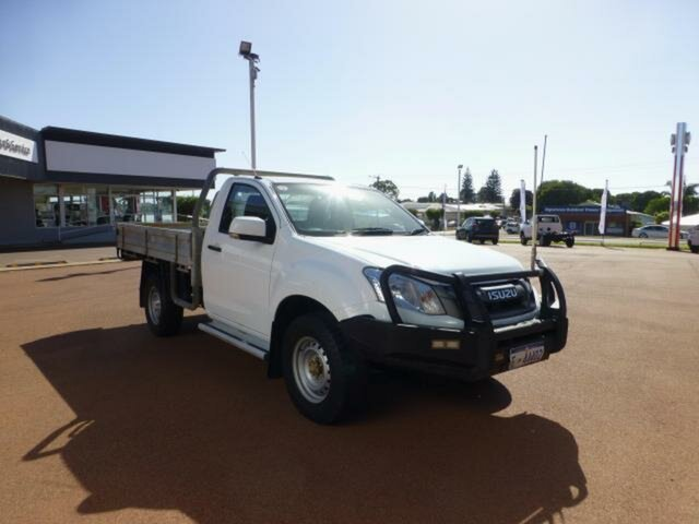 Pre-Owned Isuzu D-MAX TF MY15 SX (4x4) Esperance, 2015 Isuzu D-MAX TF MY15 SX (4x4) White 5 Speed Automatic Cab Chassis