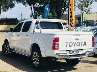 2014 Toyota Hilux KUN26R MY14 SR Double Cab White 5 Speed Automatic Utility.