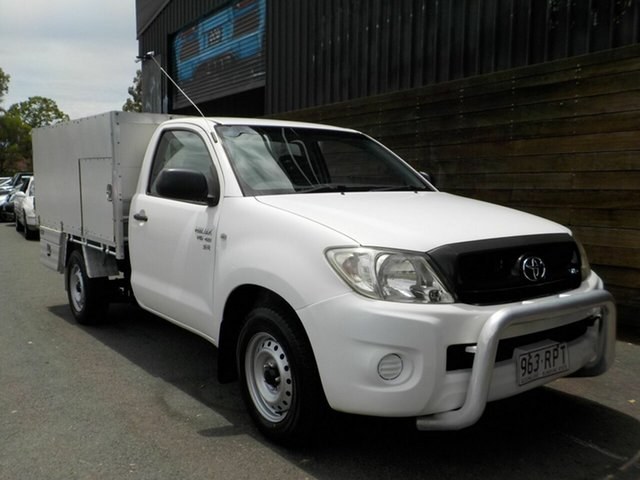 Used Toyota Hilux GGN15R MY09 SR 4x2 Labrador, 2008 Toyota Hilux GGN15R MY09 SR 4x2 White 5 Speed Automatic Cab Chassis