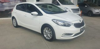 2014 Kia Cerato YD MY15 S Premium White 6 Speed Sports Automatic Hatchback.
