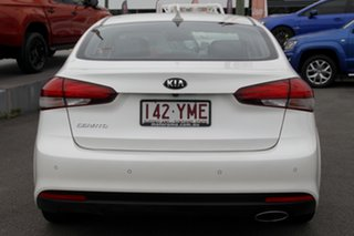 2016 Kia Cerato YD MY17 SLi White 6 Speed Sports Automatic Hatchback