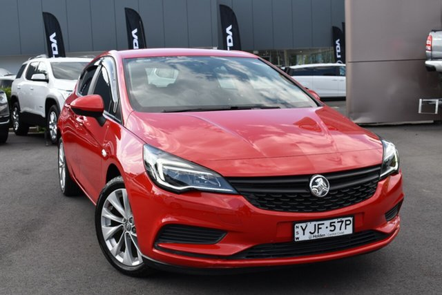 Used Holden Astra BK MY19 R Tuggerah, 2018 Holden Astra BK MY19 R Red 6 Speed Sports Automatic Hatchback