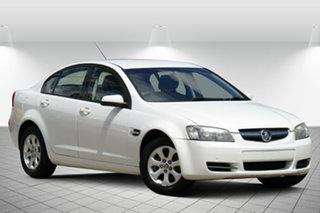 2008 Holden Commodore VE MY09 Omega Alaska White 4 Speed Automatic Sedan.
