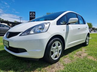 2010 Honda Jazz GE MY10 GLi White 5 Speed Automatic Hatchback