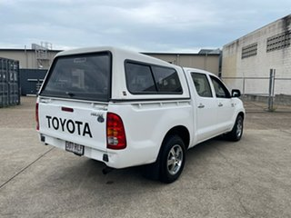 2011 Toyota Hilux KUN16R MY12 SR White 5 Speed Manual Dual Cab Pick-up.