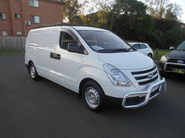Used Hyundai iLOAD TQ Series II (TQ3) MY1 3S Liftback Bankstown, 2016 Hyundai iLOAD TQ Series II (TQ3) MY1 3S Liftback White 5 Speed Automatic Van