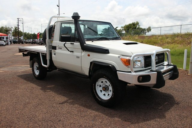 Pre-Owned Toyota Landcruiser VDJ79R Workmate Darwin, 2016 Toyota Landcruiser VDJ79R Workmate White Nova 5 Speed Manual Cab Chassis
