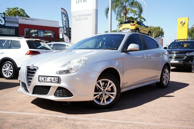 Used Alfa Romeo Giulietta Progression 1.4 Brookvale, 2013 Alfa Romeo Giulietta Progression 1.4 Silver 6 Speed Auto Dual Clutch Hatchback