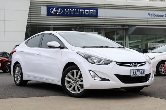Used Hyundai Elantra MD3 SE South Melbourne, 2014 Hyundai Elantra MD3 SE Creamy White 6 Speed Sports Automatic Sedan