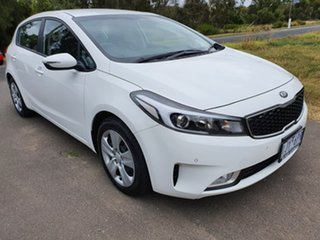 2017 Kia Cerato YD S White Sports Automatic Hatchback.