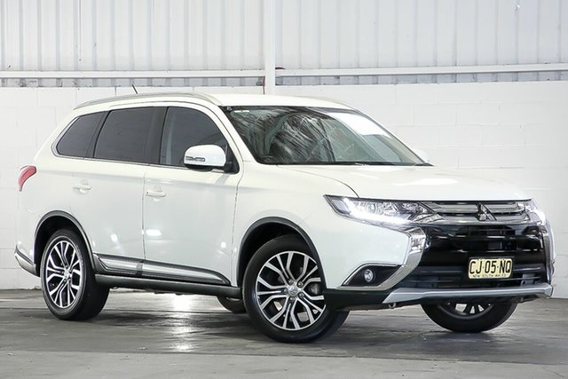 Used Mitsubishi Outlander ZK MY16 LS 4WD West Gosford, 2016 Mitsubishi Outlander ZK MY16 LS 4WD White 6 Speed Constant Variable Wagon