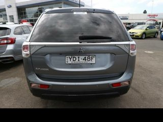 2014 Mitsubishi Outlander ZJ MY14.5 ES (4x2) Silver Continuous Variable Wagon