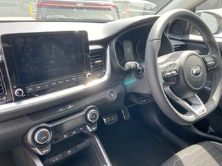 2020 Kia Stonic YB MY21 GT-Line DCT FWD Clear White/aurora B 7 Speed Sports Automatic Dual Clutch