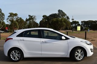 2014 Hyundai i30 GD2 MY14 SE White 6 Speed Sports Automatic Hatchback.